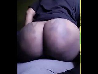 Ig Thot preetyzoe1 twerks ass naked