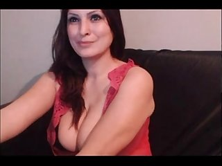 Sexy mom with big big tits on webcam live on 69sexlive com