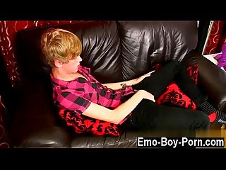 Gay emo Mobile sex videos 18 yr old austin ellis is a juicy gay boy