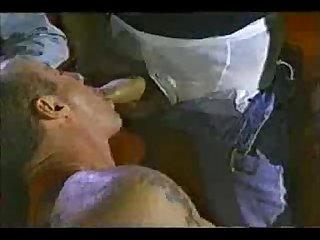Cine porno