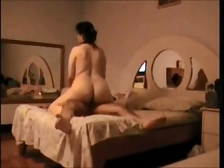 Big butt wife fucked on hidden cam