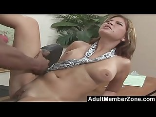 Adultmemberzone she needs to spread very wide for a giant dick