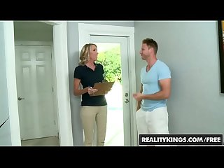 RealityKings - Milf Hunter - Special Rate starring Brynn Hunter and Levi Cash