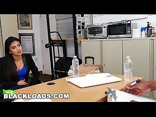 BLACK LOADS - Casting Session With Latin Amateur Michelle Martinez