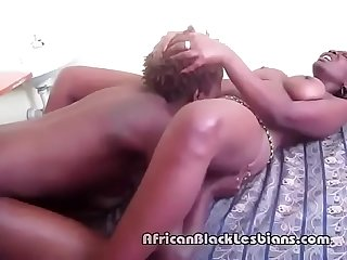Sakira loves to eat out chloes Tasty African pussyoom 3