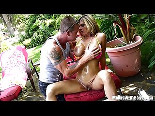 Oiled up photoshoot and creampie with milf kristal summers