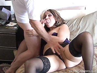 Lovely old latina spunker fucks her fat juicy pussy for you