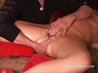 Amazing squirt guru keeps milf cunt gushing pussy juice like a super soaker