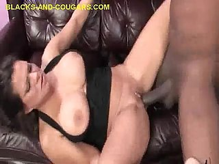 Big black meat fills cougar