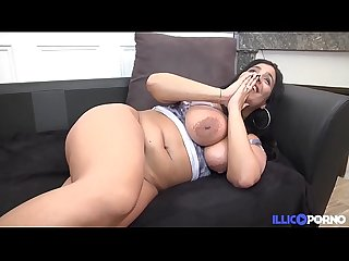 Chubby sarah renoue avec la sodomie en double penetration full video