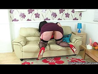 Uk s hottest bbw milf jayne storm slides a dildo in