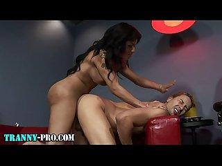 Latina tgirl fucks ass