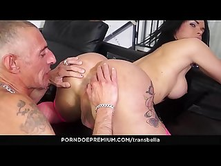 Trans bella wild italian sex with brunette brazilian tranny kelly cesario