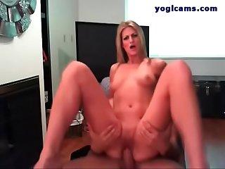 Ultra racy amateur modeling on webcam