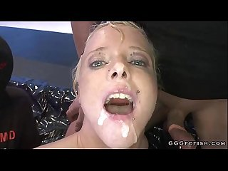 Blonde babe gets sperm in the mouth