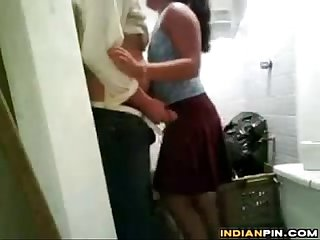Indian Girl And Her Boyfriend Having Sex