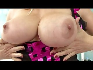Bigtit mature fucks her cock starved cunt