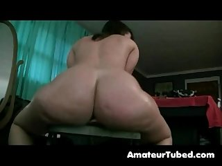 Big white bootyshake and dildo ride