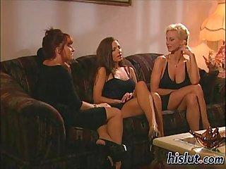 These lesbians got nasty