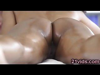 Black beauty luna corazon fucked by masseur