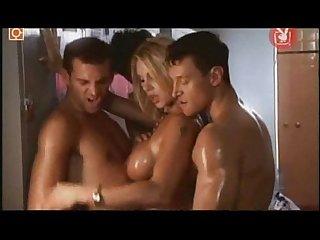 Sexo seguro monica farro video Xxx orgia Desnuda