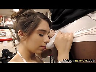 Joseline Kelly fucks trainer S bbc next to her husband