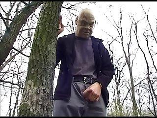 Beim picknick Gefickt public sex german