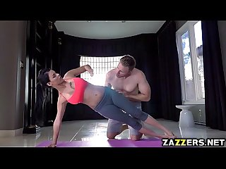 Levi Cash fucking Peta Jensen in the yoga mat wide open