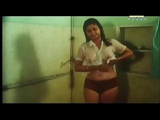 Unknown actress hot shower bath movie vannathu poochikal new
