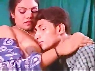 Hot mallu clip 2