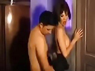 Escena de sexo de Andrea Rincon en la pel�cula El Cuarto