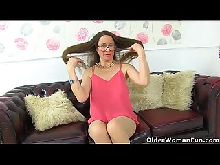 English milf Josie covers her hairy cunny with tights only