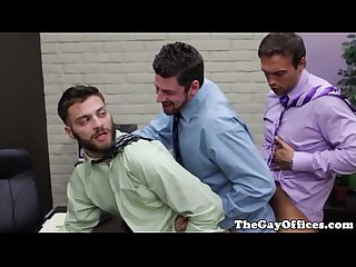 Muscled office hunks great gay train