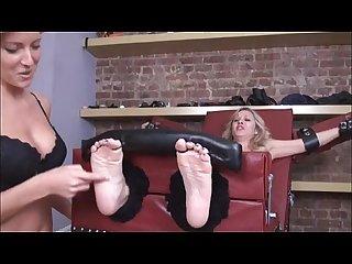 Tickling feet feetporn me