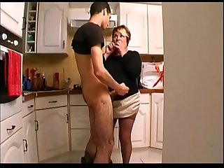 Christiane 50 yo anal fucked in the kitchen
