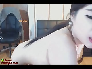 Korean camgirl with big natural tits masturbates
