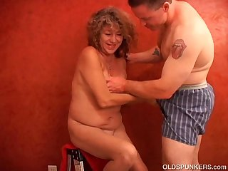 Super sexy shy old spunker plays with her juicy pussy for you