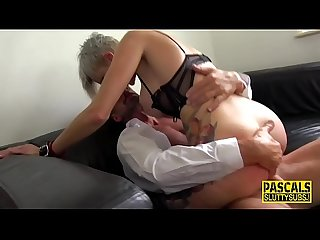 Tattooed fetish milf rides Pascal White